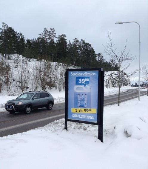 GUSO reklamskylt Värmdövägen - annonsör Biltema