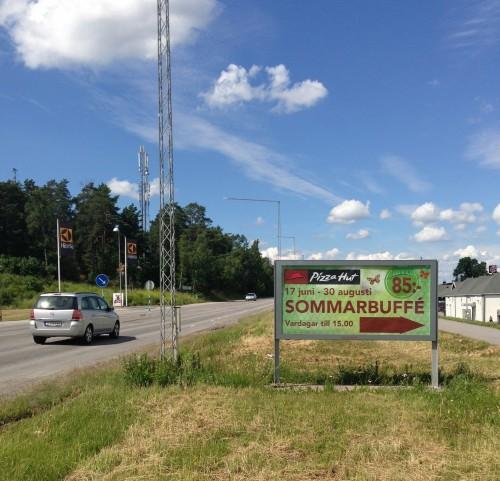 Kampanj: Pizza Hut sommarkampanj  Placering: GUSO stortavla enköpingsvägen Barkarby