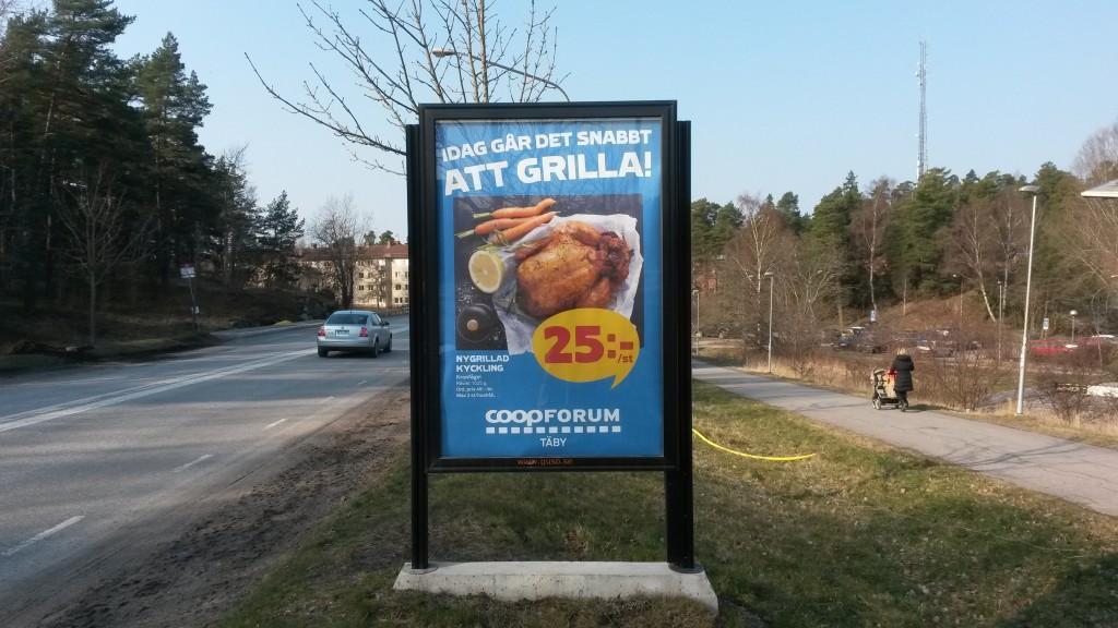Centralvägen Täby GUSO reklamskylt annonsör Coop Forum Arninge