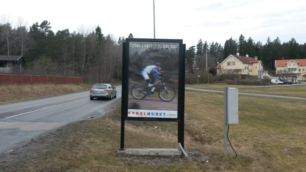 GUSO reklamskylt Sandvägen annonsör Cykelhuset Väsby