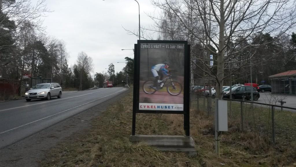 GUSO reklamtavla Breddenvägen annonsör Cykelhuset Glädjen