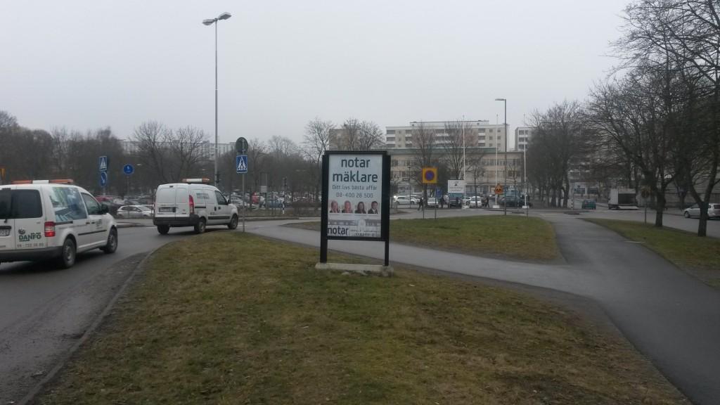 Notar Järfälla GUSO reklamskylt Jakobsbergs Centrum