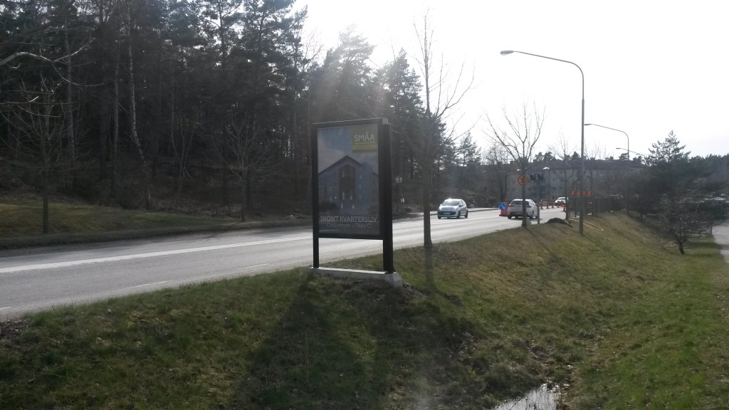 Guso reklamskylt Centralvägen Täby annonsör SMÅA