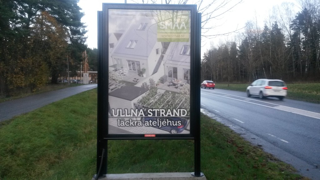 Småa ateljehus Ullna strand Täby -  GUSO Närmedia reklamtavlor