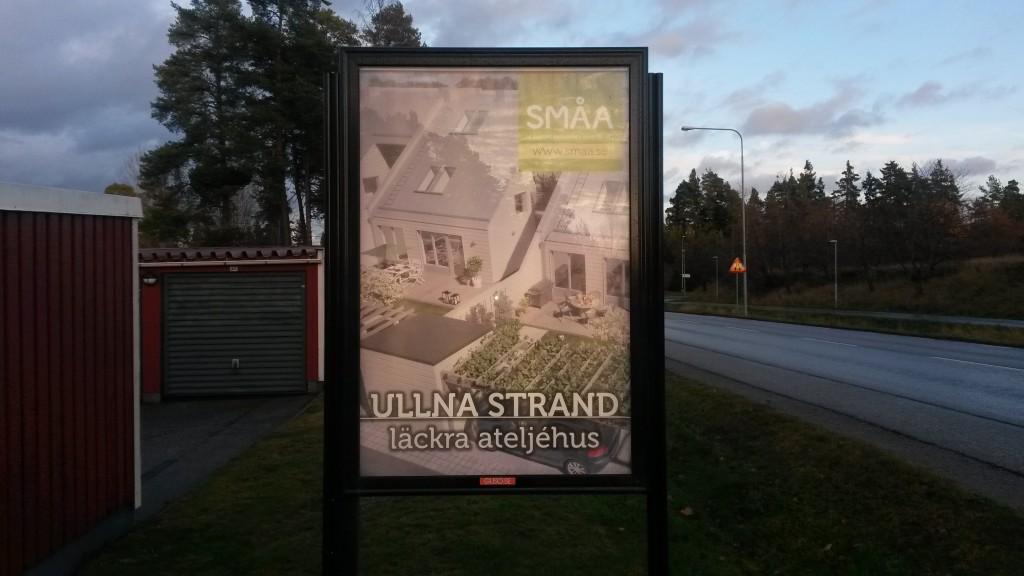 Småa ateljehus Ullna strand Täby -  GUSO reklamtavlor