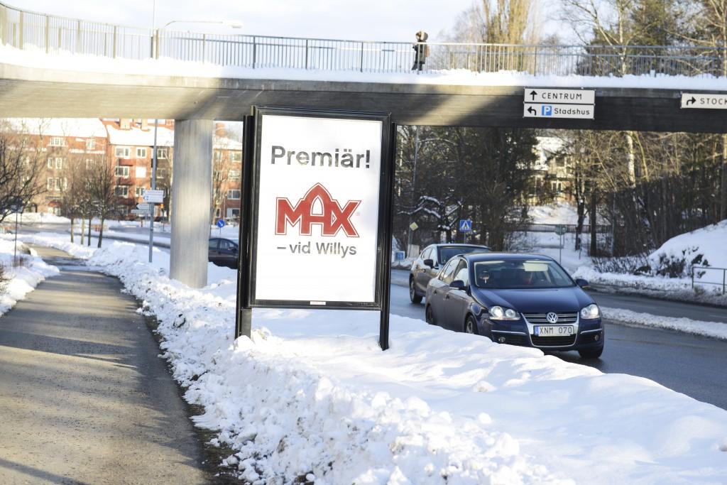 Max Hamburgare Lidingö Centrum - GUSO närmedia reklamskylt